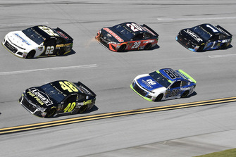 Jimmie Johnson, Hendrick Motorsports, Chevrolet Camaro Lowe's for Pros, Brendan Gaughan, Beard Motorsports, Chevrolet Camaro Beard Oil Distributing\ South Point Hotel & Casino, Alex Bowman, Hendrick Motorsports, Chevrolet Camaro Nationwide, Erik Jones, Joe Gibbs Racing, Toyota Camry Craftsman, Jamie McMurray, Chip Ganassi Racing, Chevrolet Camaro Cessna
