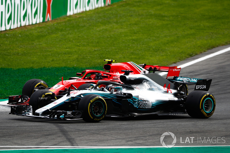 Hamilton krijgt waardering voor zijn inhaalactie op leider Raikkonen