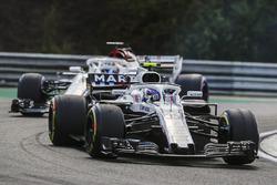 Sergey Sirotkin, Williams FW41, Marcus Ericsson, Sauber C37