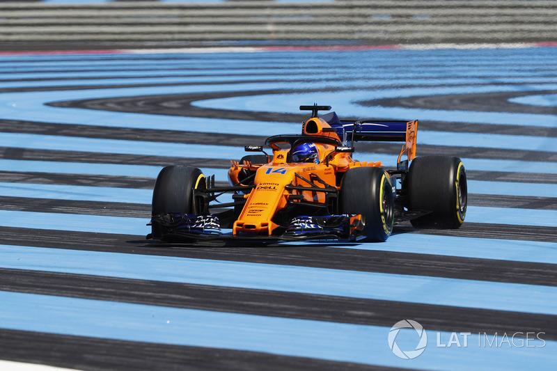 McLaren zakt dieper weg