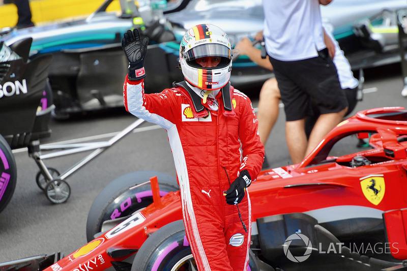 Sebastian Vettel, Ferrari merayakan start ketiga dari parc ferme