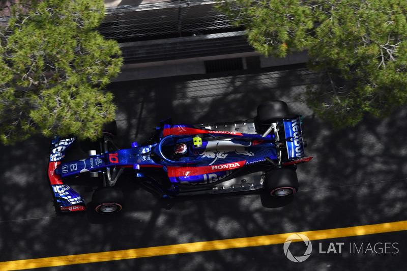 10: Пьер Гасли, Scuderia Toro Rosso STR13 – 1:12.221