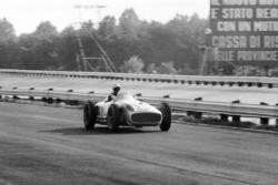 Piero Taruffi, Mercedes-Benz W196