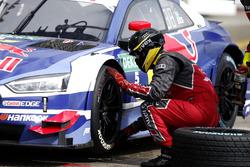 Arrêt au stand : Mattias Ekström, Audi Sport Team Abt Sportsline, Audi A5 DTM