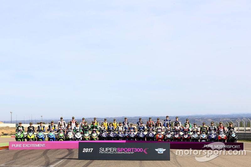 Gruppenfoto: Fahrer der Supersport-WM 2017