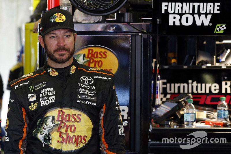 Martin Truex Jr., Furniture Row Racing Toyota, Brad Keselowski, Team Penske Ford