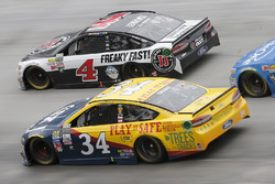 Landon Cassill, Front Row Motorsports Ford Kevin Harvick, Stewart-Haas Racing Ford