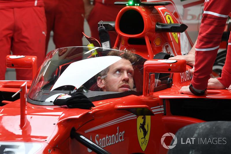Auto von Sebastian Vettel, Ferrari SF70-H, mit Cockpitschutz Shield