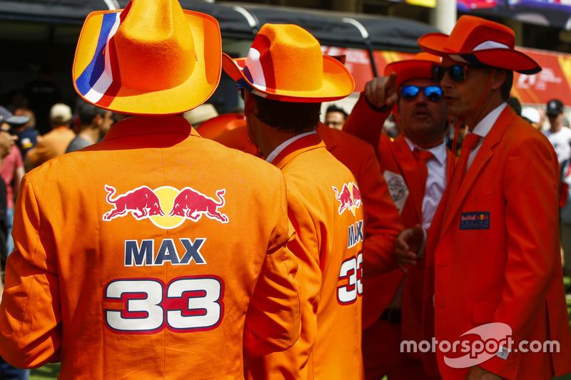 Фанати Макса Ферстаппена, Red Bull