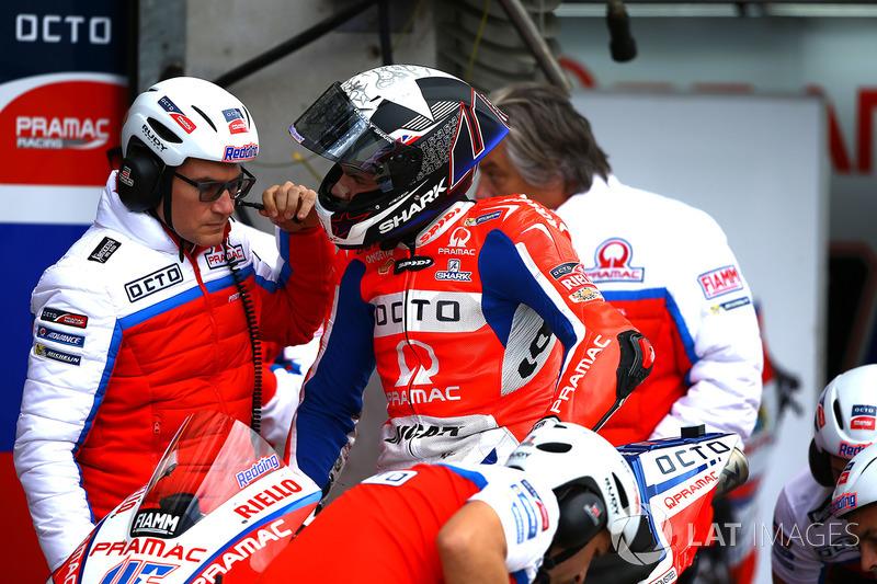 "<img src=""http://cdn-1.motorsport.com/static/custom/car-thumbs/MOTOGP_2017/BIKES/Pramac.png"" width=""80"" /> Octo Pramac Racing"