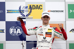 Rookie Podium: 1. Mick Schumacher, Prema Powerteam, Dallara F317 – Mercedes-Benz