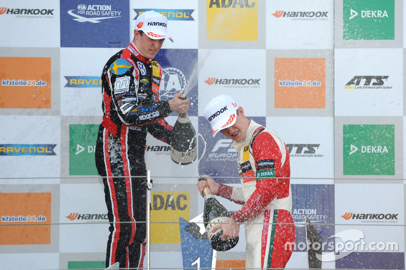Podium: Race winner Callum Ilott, Prema Powerteam, Dallara F317 - Mercedes-Benz, second place Joel Eriksson, Motopark, Dallara F317 – Volkswagen