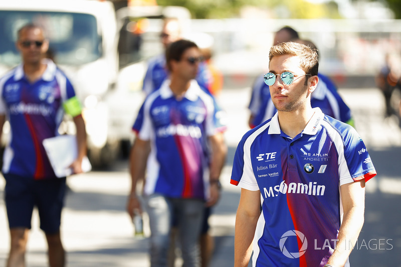 Antonio Felix da Costa, Amlin Andretti Formula E Team, caminan en la pista