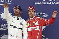Pole man Lewis Hamilton, Mercedes AMG F1, Sebastian Vettel, Ferrari