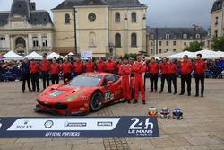 #82 Risi Competizione Ferrari 488 GTE: Giancarlo Fisichella, Toni Vilander