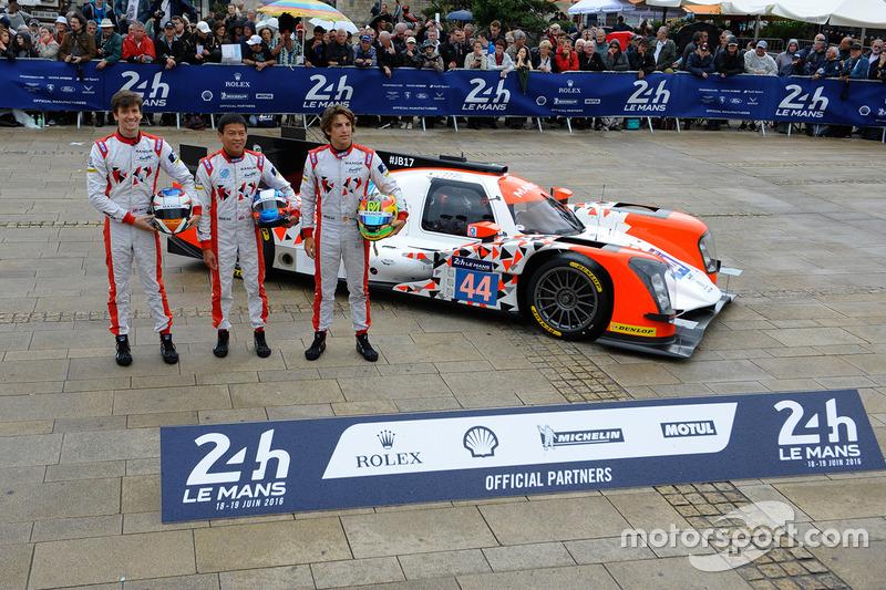 #44 Manor Oreca 05 Nissan: Тор Грейвс, Метт Рао, Роберто Мері