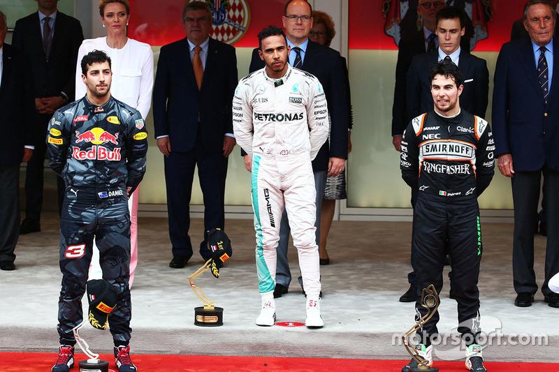 2016. 1. Lewis Hamilton, 2. Daniel Ricciardo, 3. Sergio Pérez
