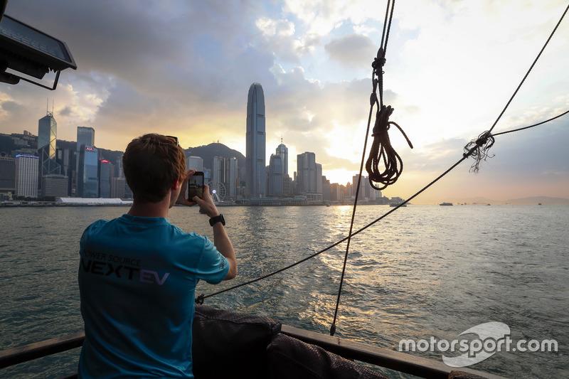 الأجواء فى هونج كونج