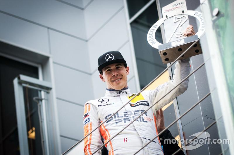 Il vincitore della gara Robert Wickens, Mercedes-AMG Team HWA, Mercedes-AMG C63 DTM