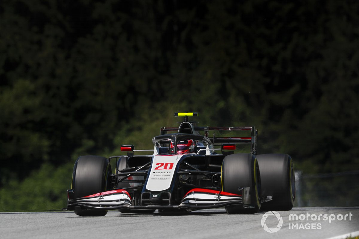 P18 Kevin Magnussen, Haas VF-20