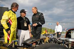 Franz Klammer, Alfa Romeo Alfetta GTV6 y Hans-Joachim Stuck, Porsche 956