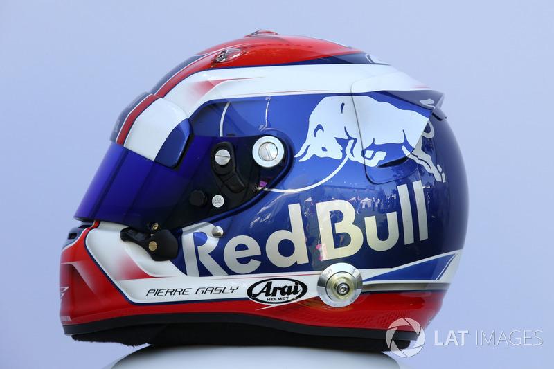 Pierre Gasly, Scuderia Toro Rosso helmet