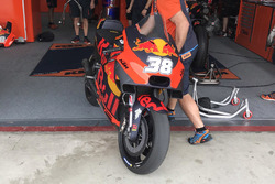 Bike of Bradley Smith, Red Bull KTM Factory Racing with new fairing