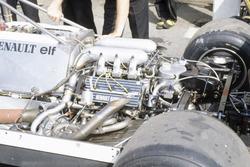 El motor Renault turboalimentado en el RE30 de Rene Arnoux