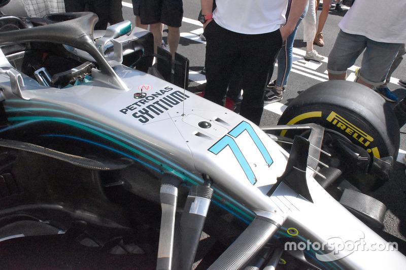 Передняя часть Mercedes F1 W09