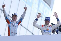 Podium : les vainqueurs #3 DKR Engineering Norma M30 - Nissan: Jean Glorieux, Alexander Toril