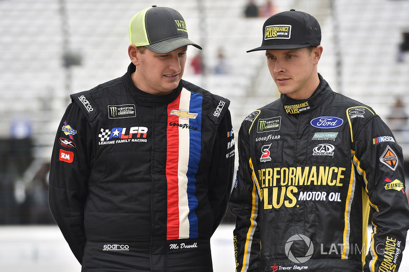 Michael McDowell, Leavine Family Racing Chevrolet, Trevor Bayne, Roush Fenway Racing Ford