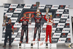 Podium: race winner Jamie Whincup, Triple Eight Race Engineering Holden, second place Scott McLaughlin, Team Penske Ford, third place Shane van Gisbergen, Triple Eight Race Engineering Holden
