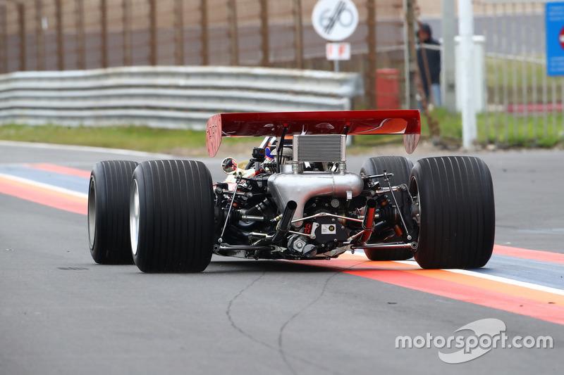 Martin Brundle, Lotus 49B