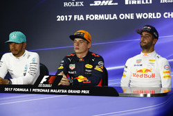 second place Lewis Hamilton, Mercedes AMG F1, Max Verstappen, Red Bull Racing, race winner, third place Daniel Ricciardo, Red Bull Racing, in the Press Conference