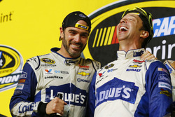 2016 Champion and race winner Jimmie Johnson, Hendrick Motorsports Chevrolet with crew chief Chad Kn