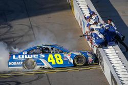 A verseny győzetese, Jimmie Johnson, Hendrick Motorsports Chevrolet
