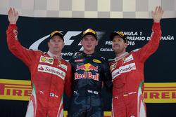 Podium: winnaar Max Verstappen, Red Bull Racing, tweede Kimi Raikonnen, Scuderia Ferrari, derde Seba
