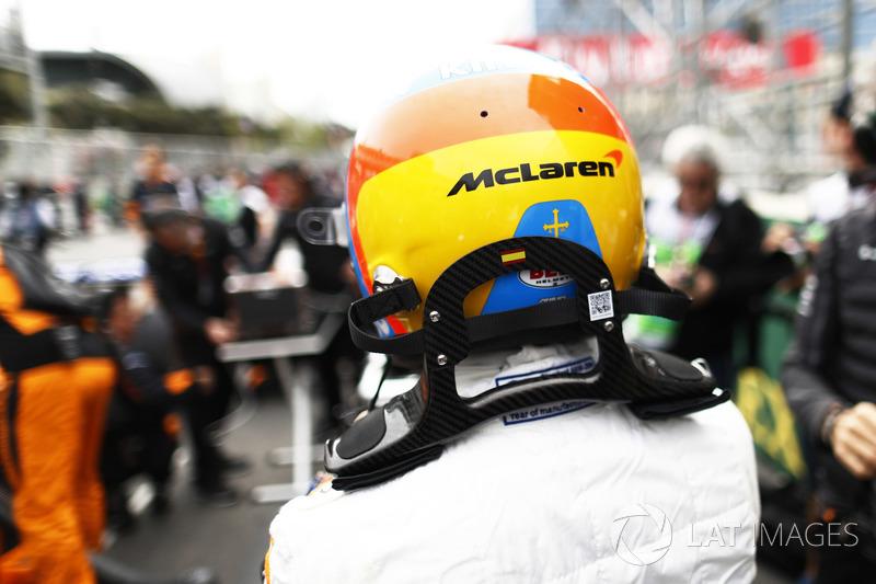 Fernando Alonso, McLaren, bersiap