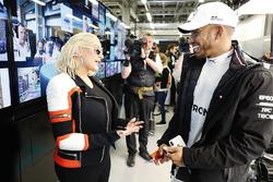Christina Aguilera talks to Lewis Hamilton, Mercedes AMG F1