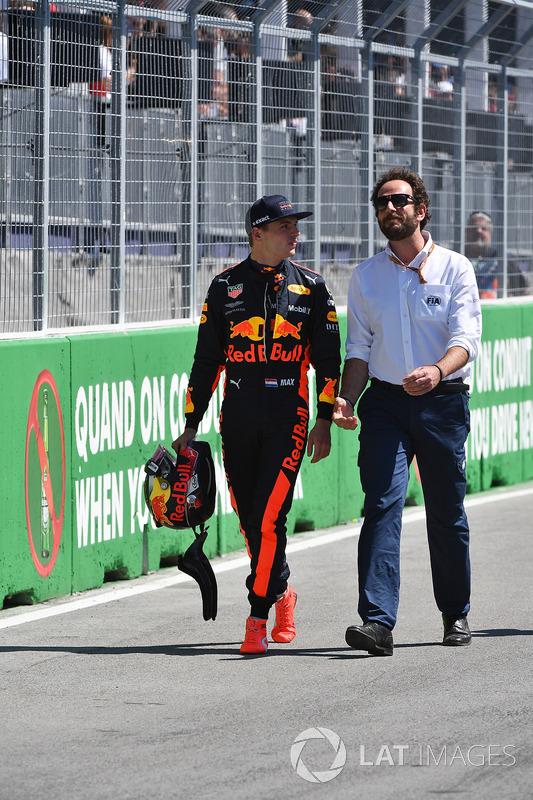 Max Verstappen, Red Bull Racing and Matteo Bonciani, FIA Media Delegate in parc ferme