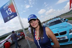 Grid kızı, İbrahim Okyay, BMW 320si, Borusan Otomotiv Motorsport