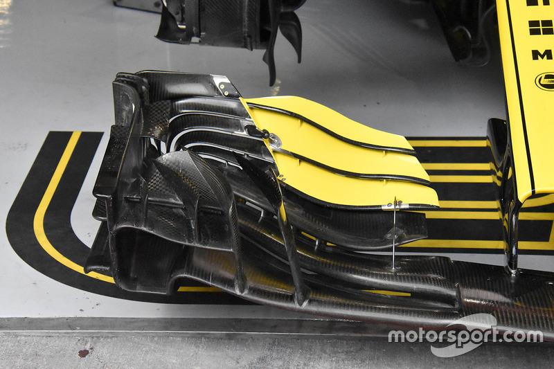 Старое переднее антикрыло Renault Sport F1 Team RS18