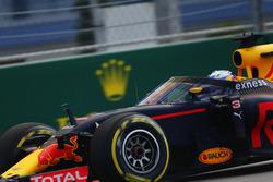 Daniel Ricciardo, Red Bull Racing RB12, aeroscreen ile