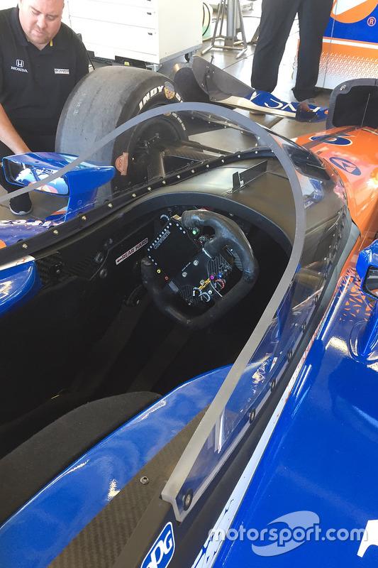 https://cdn-5.motorsport.com/images/mgl/2j7j5gqY/s8/indycar-phoenix-february-testing-2018-scott-dixon-chip-ganassi-racing-honda-testing-the-ne.jpg