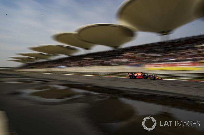 China: Daniel Ricciardo