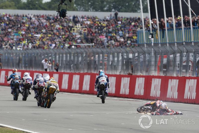 Bo Bendsneyder, Red Bull KTM Ajo pasa por la bandera a cuadros