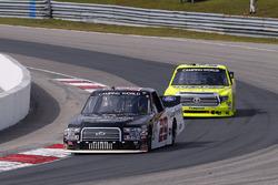 Chase Briscoe, Brad Keselowski Racing Ford and Matt Crafton, ThorSport Racing Toyota