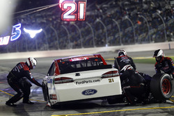 Pit stop, Ryan Blaney, Wood Brothers Racing Ford