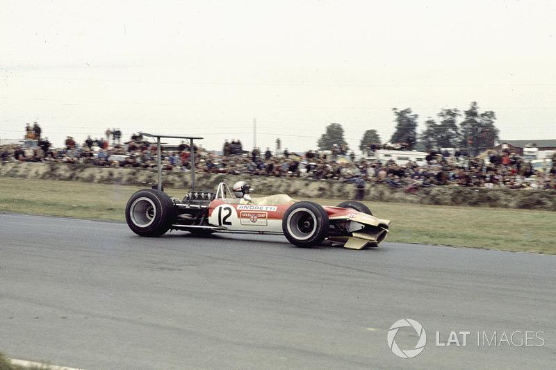7º Mario Andretti, Lotus 49B, Watkins Glen 1968. Tiempo: 1:04.200