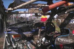 Todd Hazelwood, Brad Jones Racing Holden crash